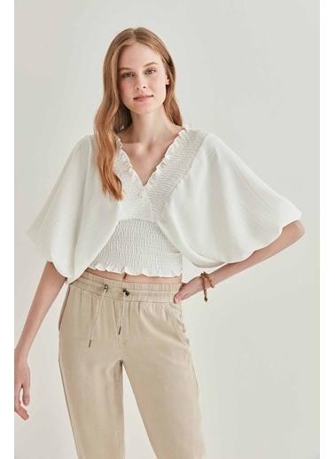 Vitrin Yarasa Kol Gibeli Bluz Beyaz